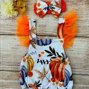Infant pumpkin Romper